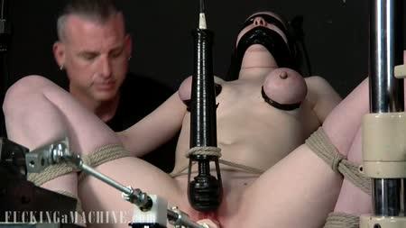 Pandora fucks her gear lever 7