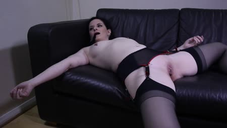 Sexy ashleigh mckenzie from uk gets off her hairy pussy - 2 part 6